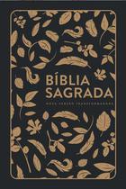 Bíblia Sagrada  NVT  Capa Soft Touch  Letra Grande  Preta Com Folhas Douradas - Mundo Cristão