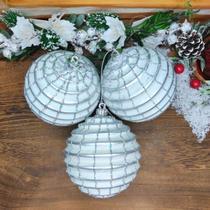 Bola de Natal Branca com Prata 10cm Kit 3 unidades - Daluel