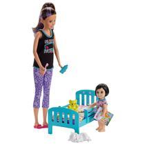 Boneca Barbie - Babysitter - Conjunto Babá - Skipper com Caminha - Mattel -