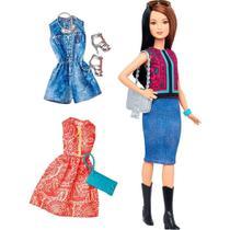 Boneca Barbie Fashionistas Com Acessórios Dtd96 - Mattel