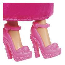 Boneca Barbie Reinos Mágicos Vestido Com Laço Roxo E Rosa - Mattel