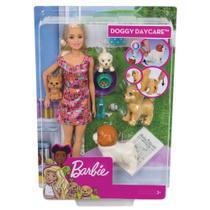 Boneca Barbie Treinadora De Cachorrinhos FXH08 - Mattel -