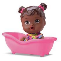 Boneca Bebe Little Dolls Banheirinha Negra - Divertoys -