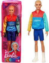Boneco Barbie Ken Fashionista Cabelo Loiro Esculpido Usando Blusa Estilo jaqueta Modelo 163 Mattel -