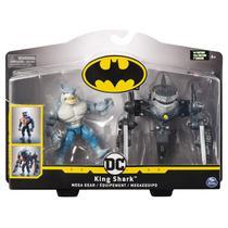 Boneco Batman Dc King Shark Transformando a Armadura - Spin Master -