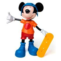 Boneco mickey mouse radical musical com skate  - disney - Elka