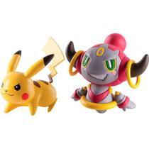 Boneco pokemon pikachu vc hoopa confined tomy unica -