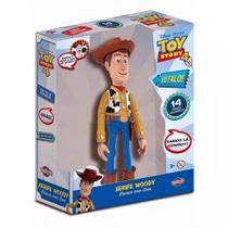 Boneco Woody Toy Story 4  30 cm  Com Som Fala 14 Frases Portugues - Toyng -