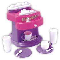 Brincando de casinha maquina de suco e cafe tateti -