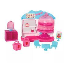 Brinquedo Café da Manhã com a Rainha Cupcake Shopkins - DTC -