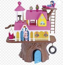 Brinquedo casa na arbore xplast -
