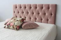 Cabeceira Estofada de Casal Na Cor Rosa Nude com Painel de 1,40m x 50cm Botões Na Cor do Tecido - Jô Cabeceiras