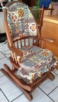 Cadeira de Balanço 1,18 x 50 x 50 - Madeira Maciça - Moveis de Gramado - Flávio Móveis Gramado