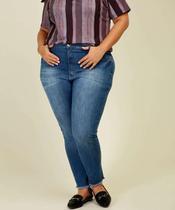 Calça Jeans Skinny Feminina Barra Desfiada Plus Size Razon -
