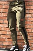 Calça Jogger /kawipii/masculino/tamanho 44/cor verde militar c/faixa preta e bolso na lateral -