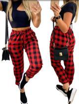 Calça Xadrez Feminina Jogger Flanelada Vermelha com Bolsos Tamanho G - Machete Moda Feminina
