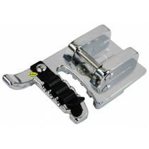 Calcador Janome 200345006 para Aplicação de Cordão Triplo 772945 -