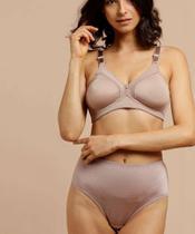 Calcinha Feminina Modelo Alta DeMillus -