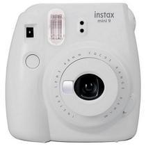 Câmera Instantânea Fujifilm Instax Mini 9 com Flash/Visor a Pilha - Branco -