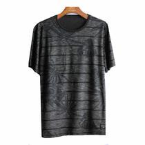 Camiseta com estampa no fundo - Oceano