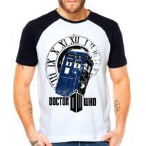 Camiseta Doctor Who Police Box Série Raglan Manga Curta - EANIME