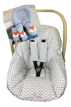 Capa Para Bebê Conforto + Almofada Ajuste De Pescoço Confortável Chevron Cinza - Casa Pedro