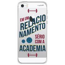 Capa para iPhone 4 e 4S - Mycase Em um relacionamento serio com a academia. -