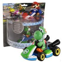 Carrinho Yoshi Mario Kart 5cm Pull Back Racers - Tomy -