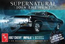 Carro Supernatural - Chevy Impala 1967 4 door 1125 - AMT - Revell