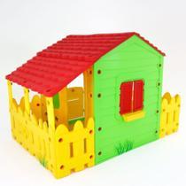 Casinha Fazenda De Brinquedo Com Varanda Para Criança Belfix -