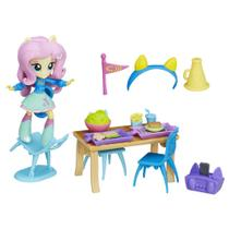 Cenário com Mini Equestria Girls - My Little Pony - Cantina do Colégio - Fluttershy - Hasbro