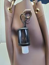 Chaveiro Porta Álcool em Gel de 30ML -  PRETO - Alpha-T Importadora