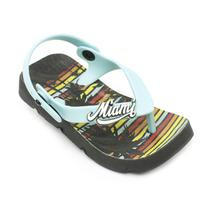 Chinelo Plugt Beach Miami -