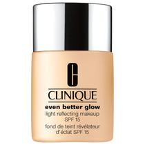 Clinique Even Better Glow Light Reflecting FPS 15 CN 28 Ivory - Base Líquida 30ml -