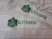 Combo Toalha de Banho e Rosto Bordada Coleção Hogwarts Harry Potter Slytherin - Ateliê Margô Bordados