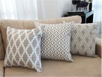 Conjunto 3 Capas para Almofadas Soft Veludo Geométrico Bege 43x43cm - Sweet Home Decor