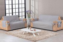 Conjunto capa de sofá face única 2 e 3 lugares com porta objetos e laço cinza - Brucebaby Bordados
