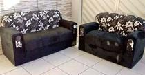 Conjunto de sofá 2 e 3 Lugares Xaropinho Suede Preto Floral - Veneza Estofados