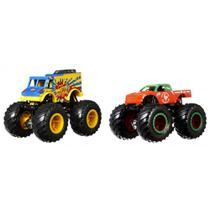 Conjunto de Veículos Hot Wheels - Monster Trucks - Monster Portions Vs Tung of Sriracha - Mattel -