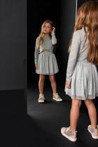 Conjunto Infantil Blusa Cropped Em Malha Tricot E Saia Em Tule Plissado Cinza - TAM 14 -