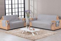 conjunto para sofá 2 e 3 lugares com laço e porta objetos matelado cinza - Brucebaby Bordados
