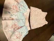 Conjunto Petit Cherie com blusa em renda e saia floral TAM 1 -