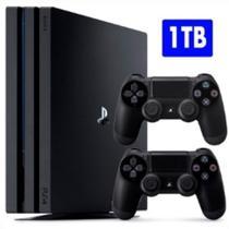 Console / Sony / Playstation 4 PRO / 1TB / 2 Controles - Preto -
