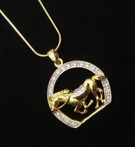 Cordão E Pingente Cavalo Ferradura Zirconias Banho Ouro 3605 - Très Chic Joias