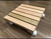 Deck de Apoio de Madeira Para Gas Jardim Multiuso, Totalmente de madeira com rodinhas! - Lar Decorado