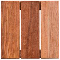 Deck de Madeira Modular Base Madeira Isabela Revestimentos 30cmx30cm (Placa) Cumaru -