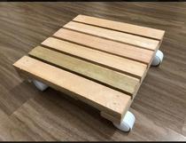 Deck de Madeiras, Apoiador de plantas, Para sua casa, Suporta + 100kg, Acompanha rodinhas - Lar Decorado