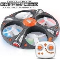 Drone quadricoptero disco voador enterprise com controle remoto e luzes de led - Macro