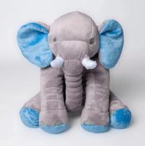 Elefante almofada baby em detalhe azul - Cilinho Confeccoes