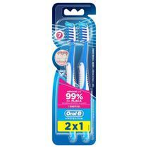 Escova Dental Oral-B Pro Saude 7 Beneficios 35 Leve 2 Pague 1 - Oral B